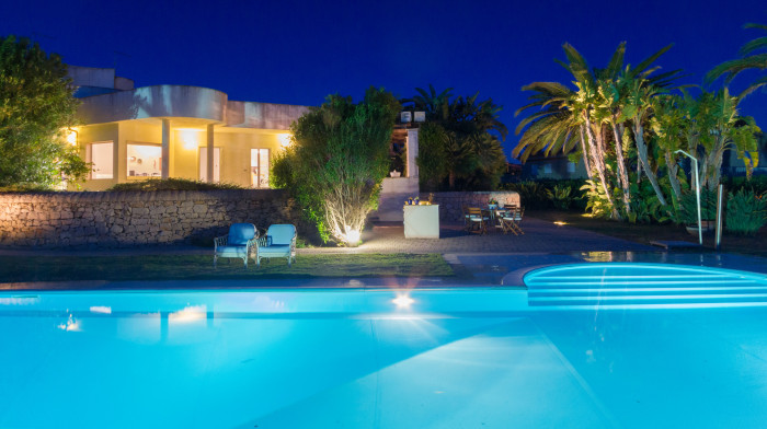 Villa Acquamarina with private swimming pool a few steps from the beach